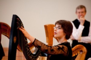 Sydney Wilson captured 2nd Prize (Grade 8) in 2013 Toronto Harp Society Scholarship Audition. She has performed with Harp Sinfonia on several occasions.
