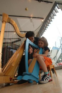 Little harp for the little girl!