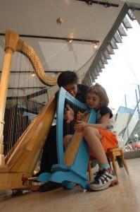 Little harp for the little girl!