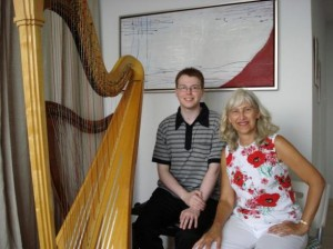 Elizabeth Volpe Bligh, Principal Harp of the Vancouver Symphony Orchestra, gave masterclass and workshop to studio's Youth and Adult classes.