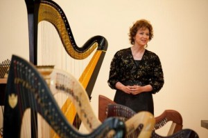 Renowned harpist Erica Goodman performed for studio's students.