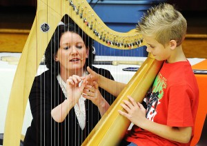 Dearbhail Finnegan, Celtic harpist, Ireland.