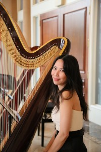 Fell in love with the harp when she first heard it in Tchaikovsky's ballet music, business owner Vivian started her music studies in piano in her early years and has been studying the harp wholeheartedly under Andrew Chan since 2012.