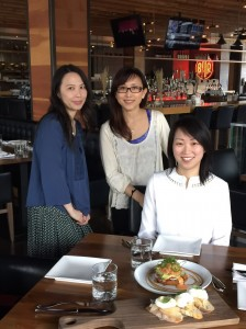 Diana enjoys having brunch with her 2 new harp-friends Vivian and Miranda.