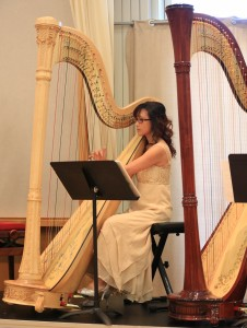 Miranda assists the Harp Sinfonia and takes part in the Annual Concerts regularly. She also actively performs for weddings, bridal showers, restaurants and other private functions.